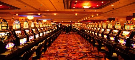 Игры на деньги:  в онлайн режиме побеждают