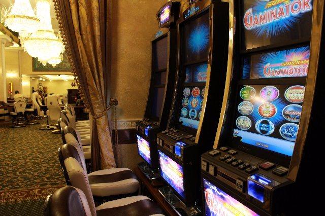Увлекательные азартные игры от казино Русский Вулкан: рулетка, автоматы и покер