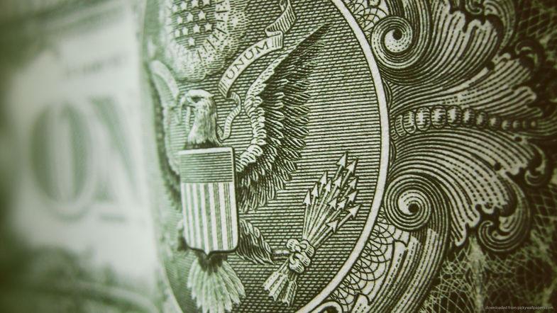Доллар вырастет уже завтра, банкиры объяснили насколько