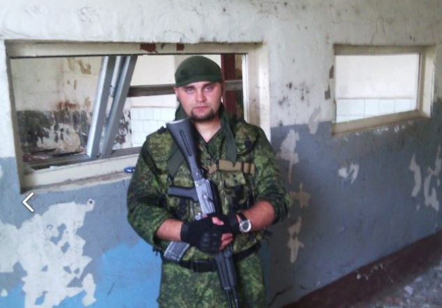 На Донбассе снайпер сил АТО точным выстрелом уничтожил российского наемника из Благовещенска