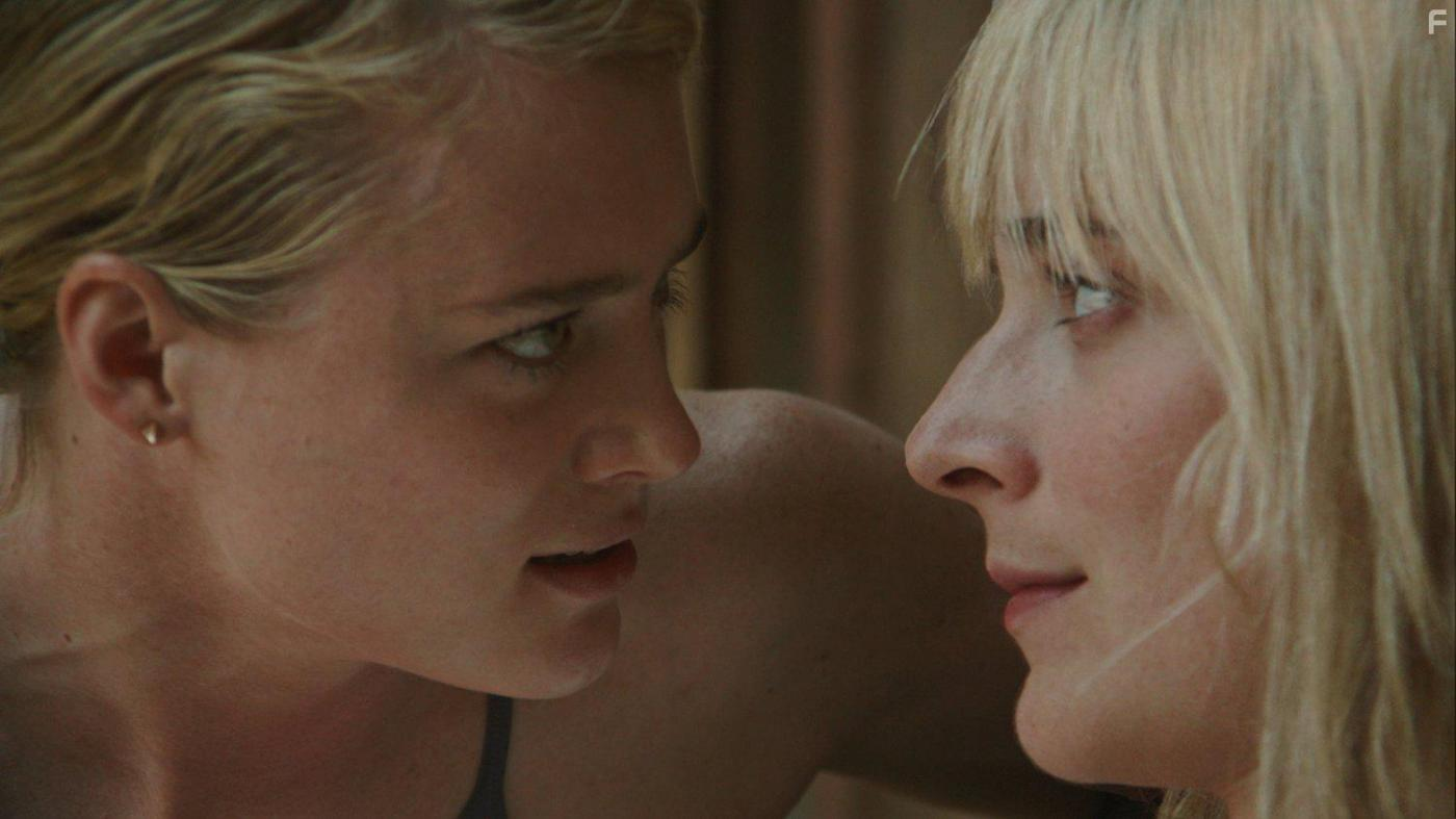 «Всегда сияй» и ещё 6 фильмов о беспощадной женской конкуренции