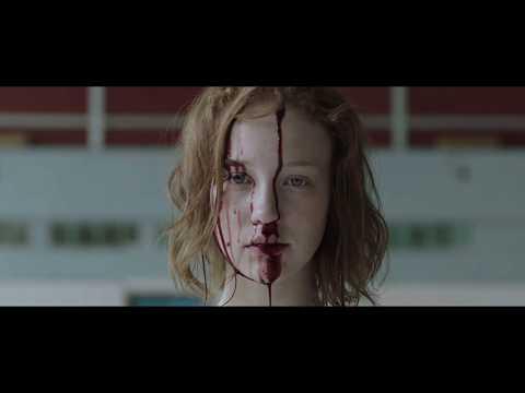 """Учасниця шоу """"Х-фактор"""" з Тернополя знялась у відвертих сценах (відео)"""