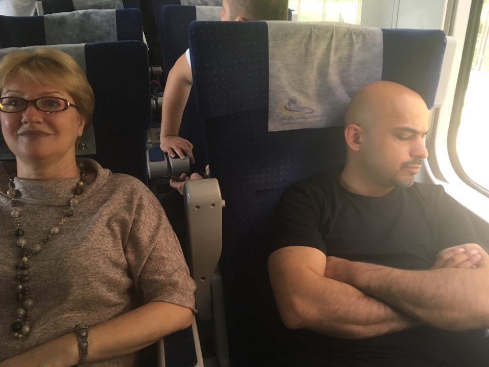 Нардеп Найем уснул, ожидая отправки поезда с Саакашвили