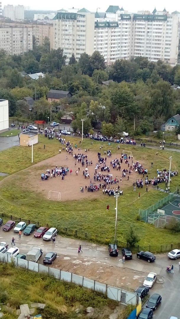 Вооруженный ученик пытался захватить школу: дети выпрыгивали из окон