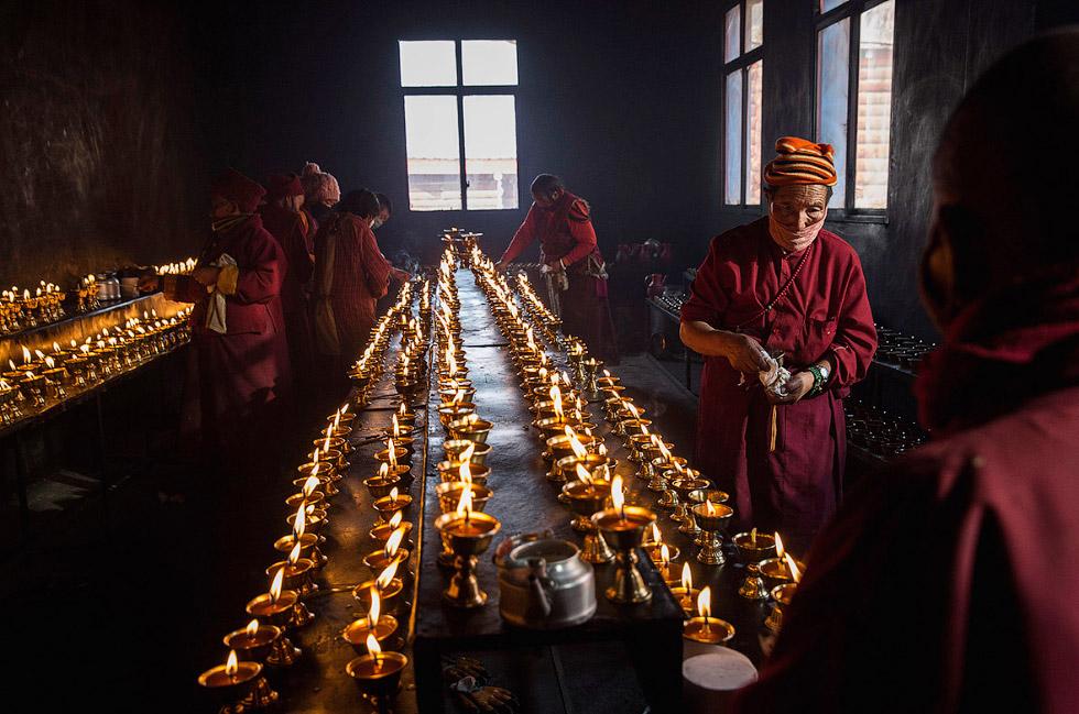 Спуск Будды с небес: этого ждут целый год. ФОТО