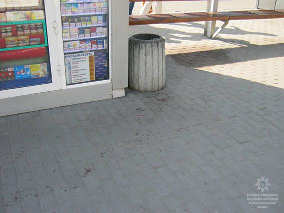 В Днепре произошла стрельба у супермаркета. ФОТО