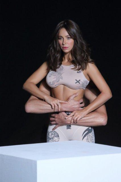 Ани Лорак показала кадры из клипа, в котором якобы увеличила грудь