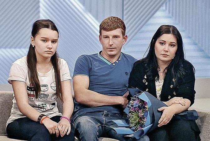 Москвичка, родившая в 11 лет, показала свою дочь-подростка