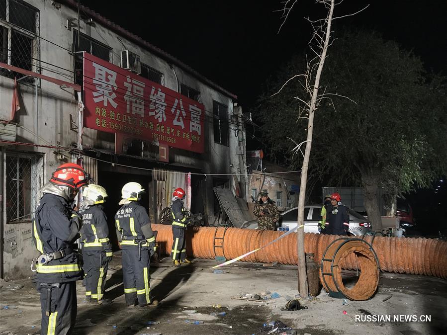 Страшна пожежа в столиці забрала життя десятків людей: трагічні кадри