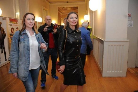"""""""Я аж взмок!"""" Сексуальный наряд любовницы Путина вызвал бурную реакцию россиян"""