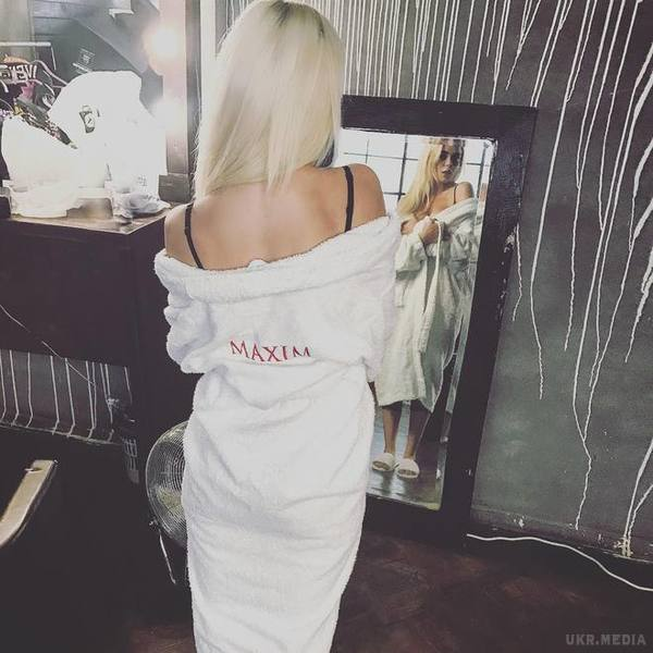 22-річна Аліна Гросу знялась у вiдвертій фотосесії для Maxim