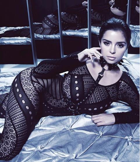 Лолита отдыхает: известная модель взорвала сеть фото в стиле БДСМ