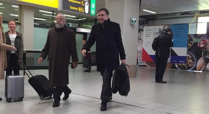 Еще вчера Саакашвили был в Варшаве, а сегодня... ФОТО