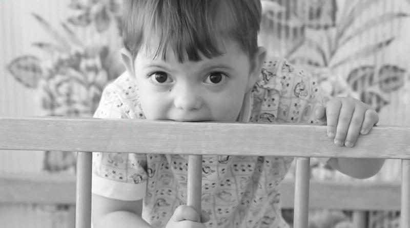 Как сложилась судьба мальчика, от которого отказалась не одна семья