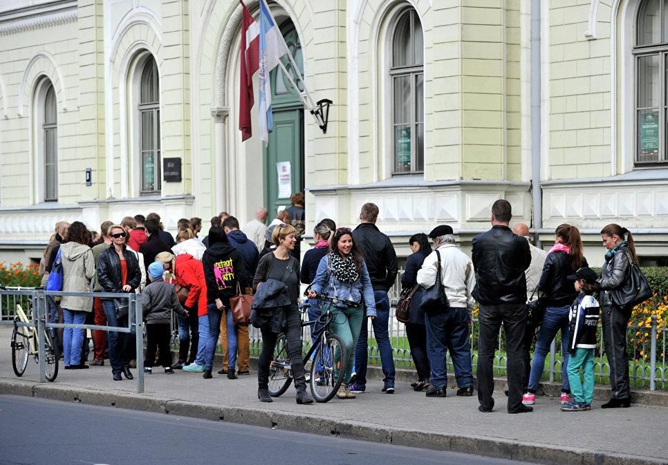 Права избирателей в Латвии могут ограничить