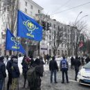 Выборы Путина: посольство РФ в Киеве усиленно охраняют