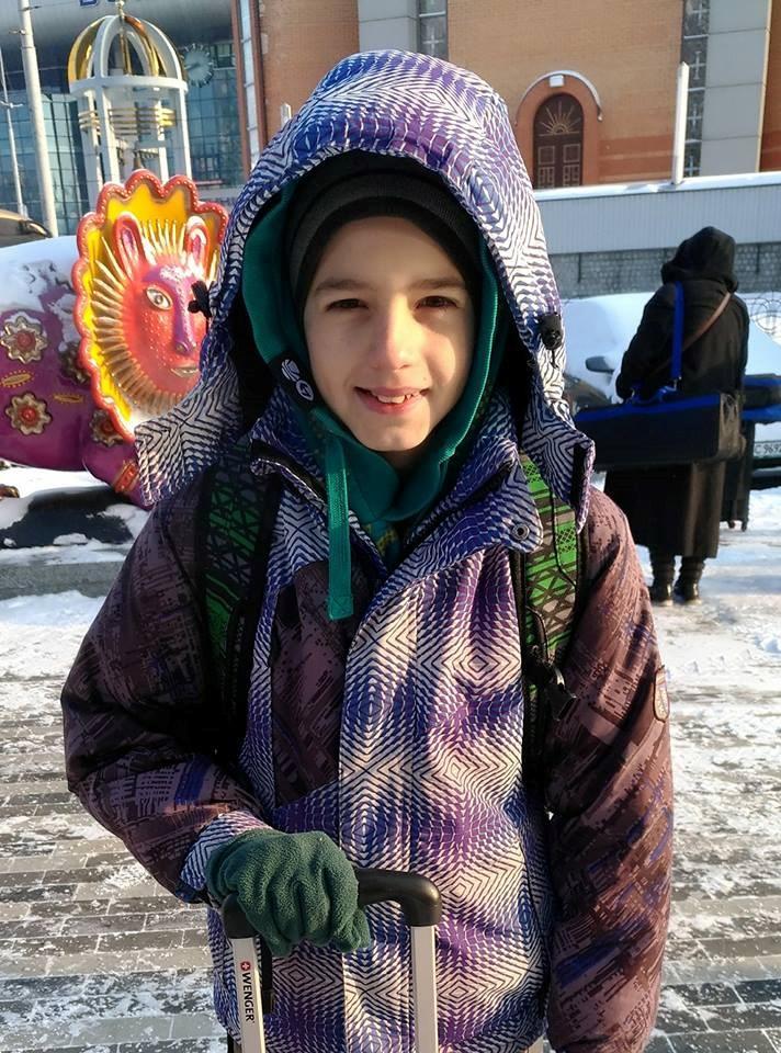 В Киеве 11-летний мальчик попал под поезд: ребенок в коме. ФОТО