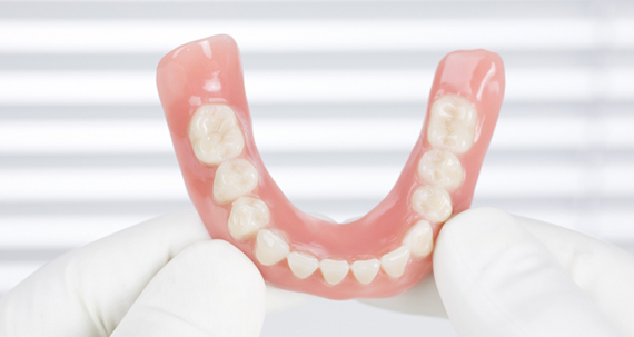 Професійний підхід  протезування зубів
