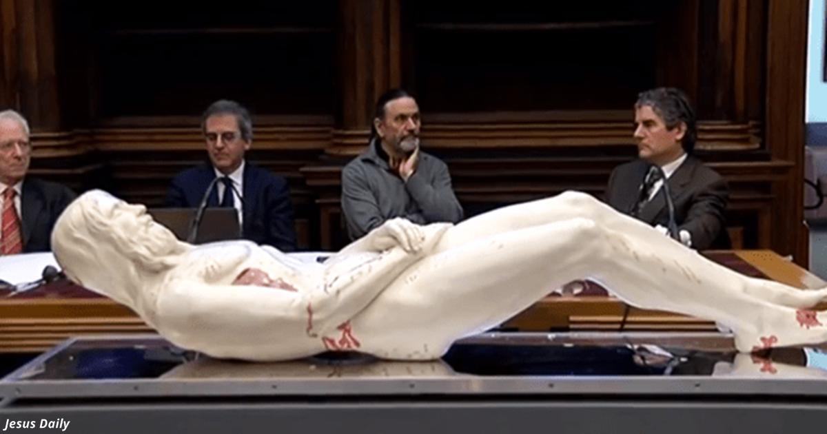 В Италии сделали 3D-копию Иисуса из туринской плащаницы. Вот каким он был