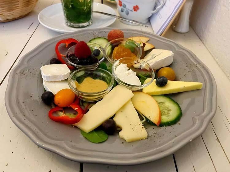 Как отличить сыр от сырного продукта: советы от профессионалов