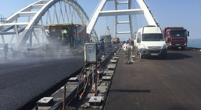 «Уже почти готов»: новые фото Крымского моста