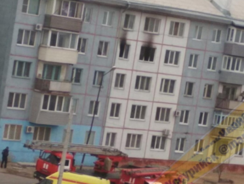 Люди прыгали с балконов: в российском городе снова масштабный пожар. ФОТО, ВИДЕО