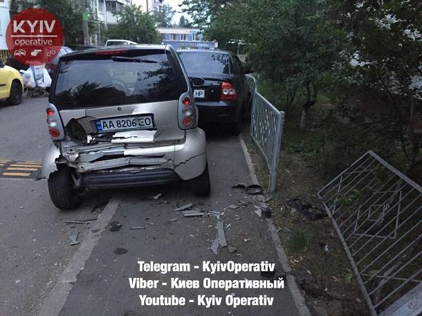 Побил десяток машин:  пьяный водитель, устроил дикие гонки в Киеве. ФОТО, ВИДЕО