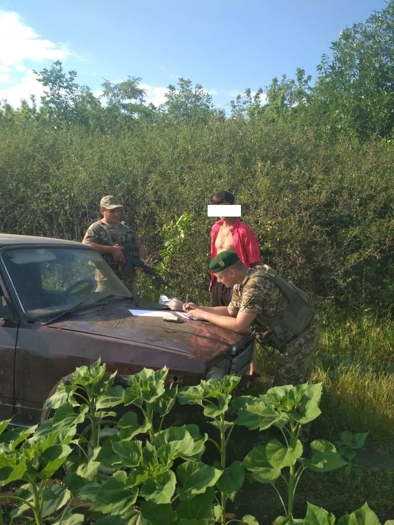 ЧП на границе с РФ: пограничникам пришлось открыть огонь. ФОТО