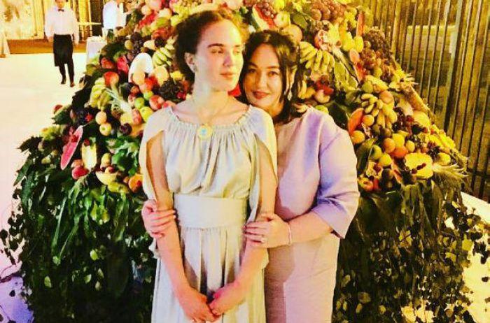 Дочь Ларисы Гузеевой удивила обнаженной фотографией