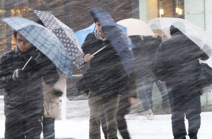 В Японии неуклонно растет число жертв в результате дождей и оползня
