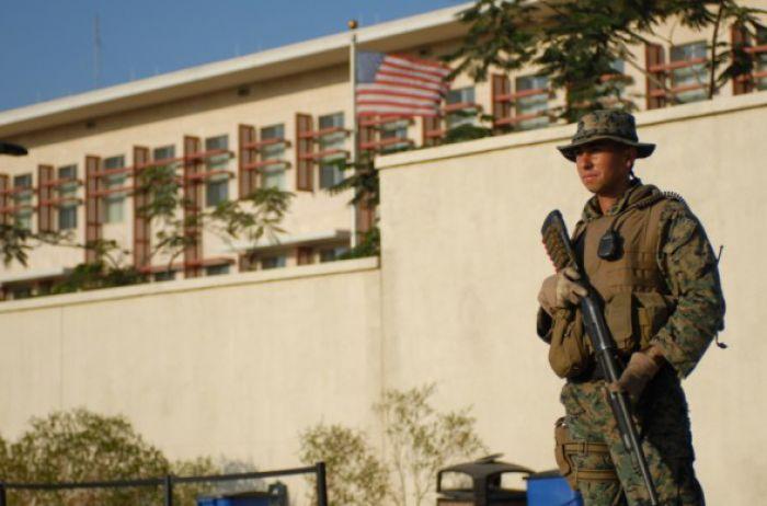 СМИ: Беспорядки в Гаити пугают сотрудников посольства США