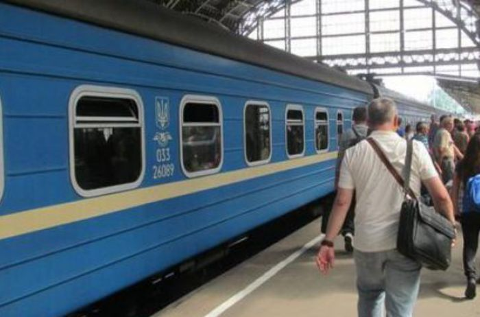 В Украине в два раза подорожают ж/д билеты: названы сроки