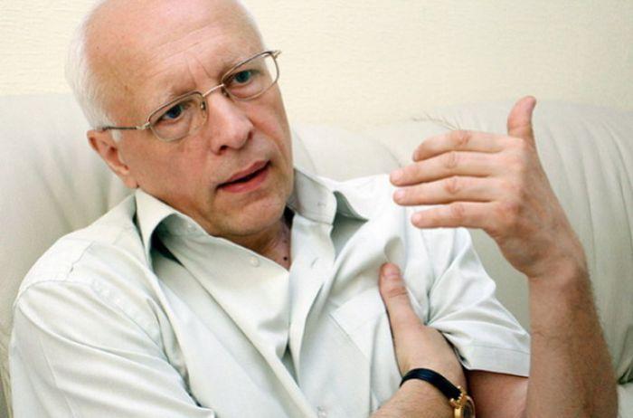 Это же не социализм! Соскин объяснил, почему Гройсман не должен был отбирать премии у украинцев