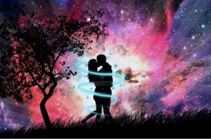 Эмоциональная связь: эти зодиакальные пары гарантированно будут счастливы