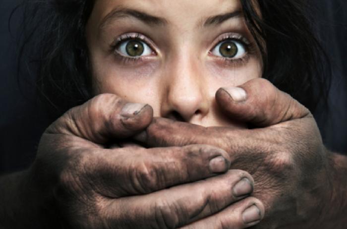 Потянул насиловать в кукурузу: педофил украл 8-летнюю девочку