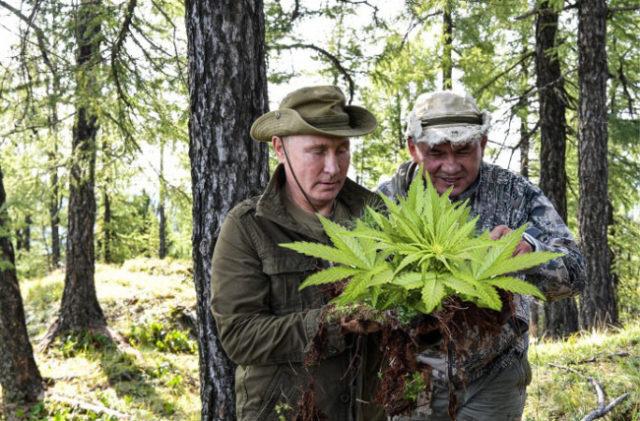 Горбатая гора: Путин припозорили отдыхом с мужчиной. ФОТО