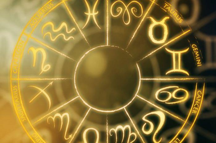 У Близнецов день удачен для покупок: гороскоп на 12 сентября