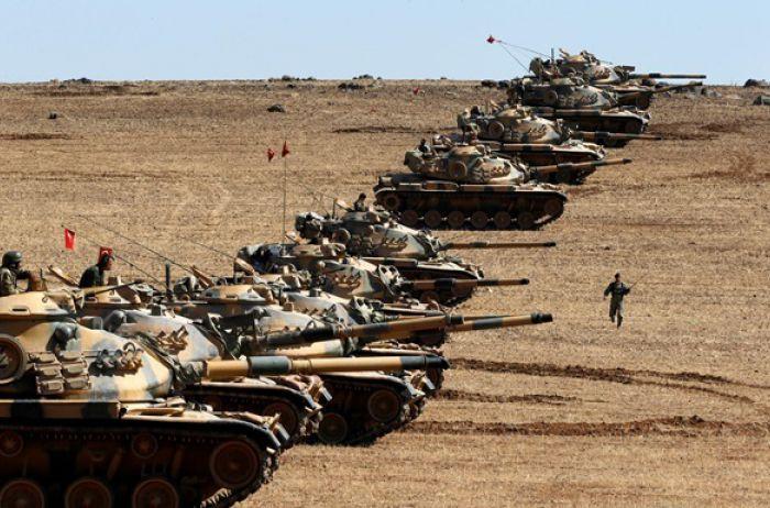 Турция стягивает тяжелую технику к границе с Сирией