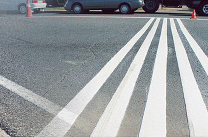 На дорогах Украины может появиться свето-шумовая разметка