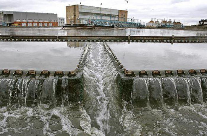 Норму урезали в два раза: оккупанты резко уменьшили поставки воды в Крым