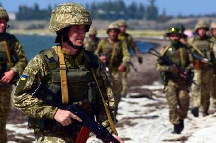 Как будут укреплять Азов: военные готовят боевой флот и спецназ