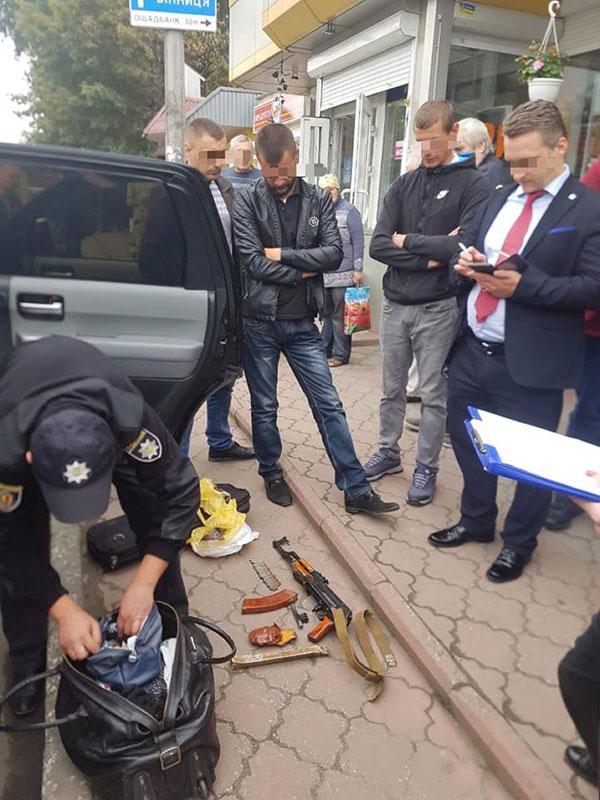 """У Хмельницькому поліція затримала кримінального авторитета """"Робіка"""""""