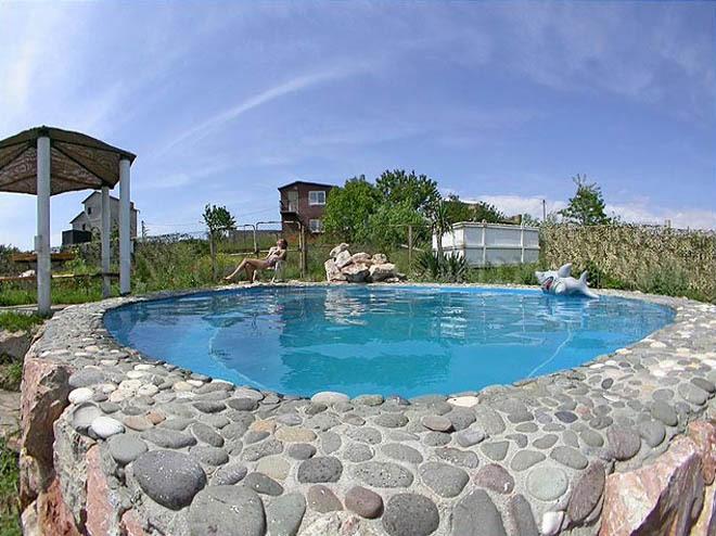 Какие бывают камни для отделки бассейнов?