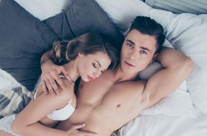 9 вещей, о которых мужчины мечтают в постели