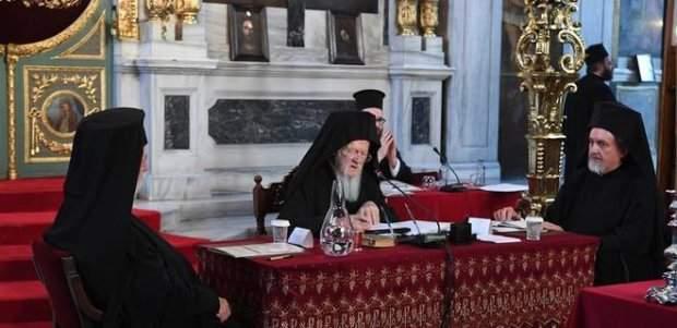 «Огромные огни упадут с неба»: астролог рассказал, чего будет стоить Томос Украине