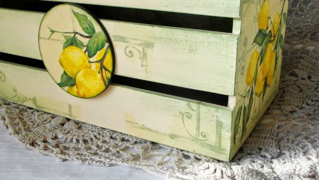 На киевский рынок завезли лимоны, покупатели валяются от смеха
