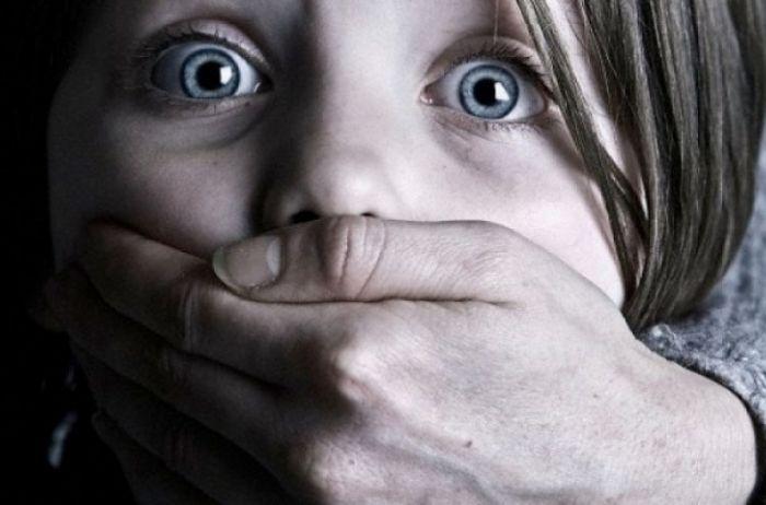 На Днепропетровщине мужчина изнасиловал ребенка
