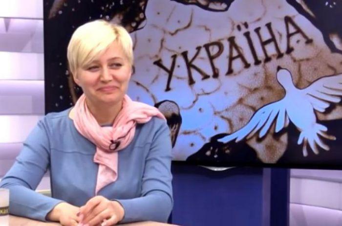 """Скандальная Ницой разгневана """"московским"""" стилем общения на Буковине"""