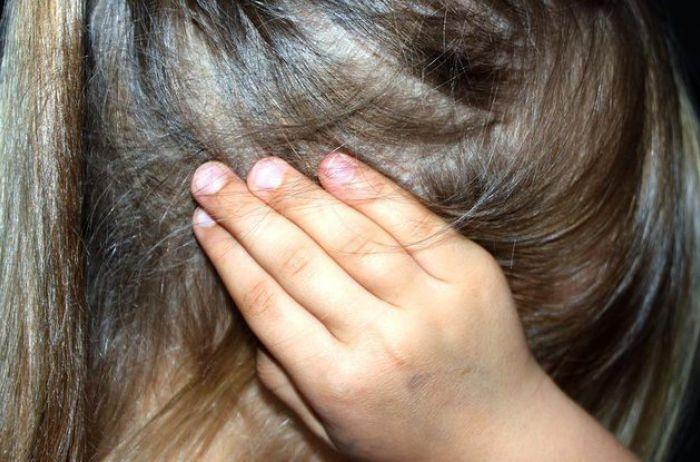 Физрук развращал 11-летнюю девочку в бердичевской школе