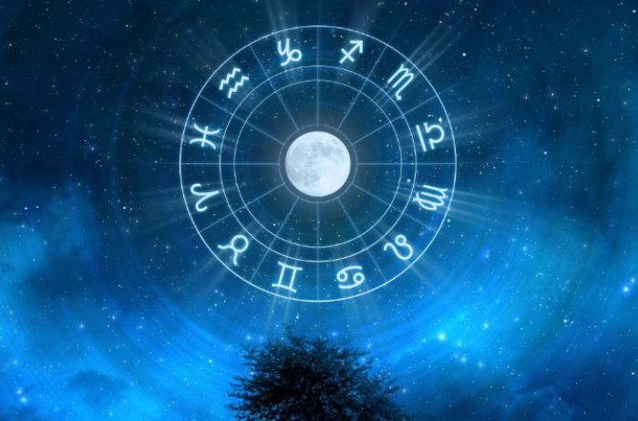 Ракам надо искать новые источники заработка: гороскоп на 3 ноября